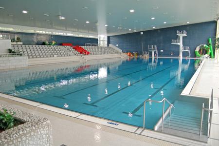 Schwimmbad am stadtpark fischeln wohndesign for Wohndesign krefeld